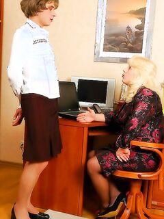 Русские мамочки сосут самотыки