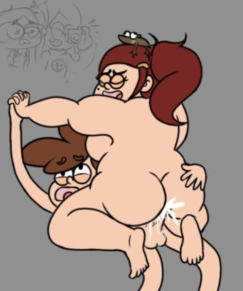 На сексуальном гравити толстая девочка трахается в подвале